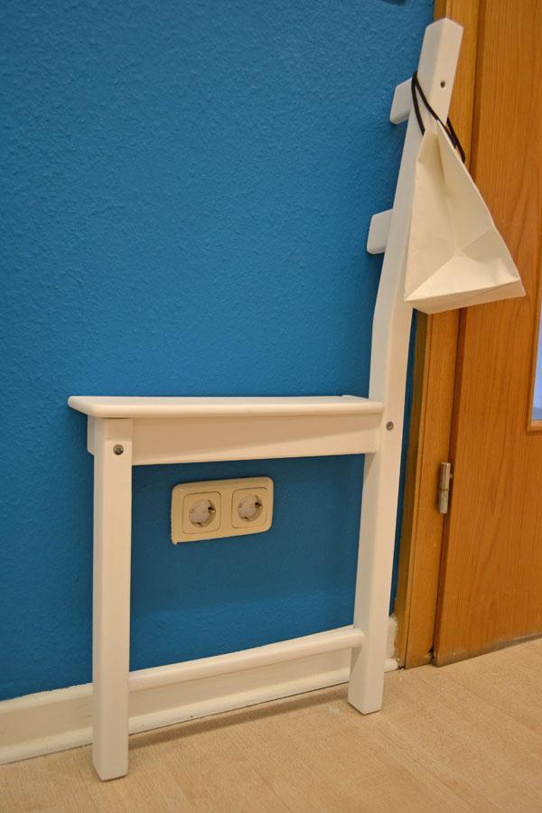 recyclingsdesign mit altem stuhl ich designer. Black Bedroom Furniture Sets. Home Design Ideas