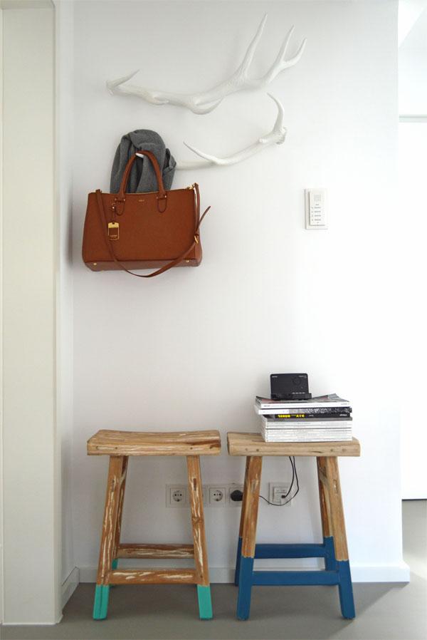ein hirschgeweih als garderobe ich designer. Black Bedroom Furniture Sets. Home Design Ideas